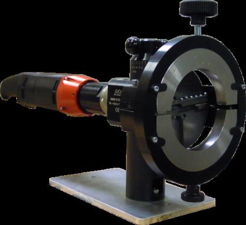 SL120 - Plandrehmaschine von Rohren mit Elektroantrieb