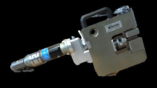 GR40 - Außenspannende Rohrbearbeitungsmaschine  für Flossenrohre Membranwände